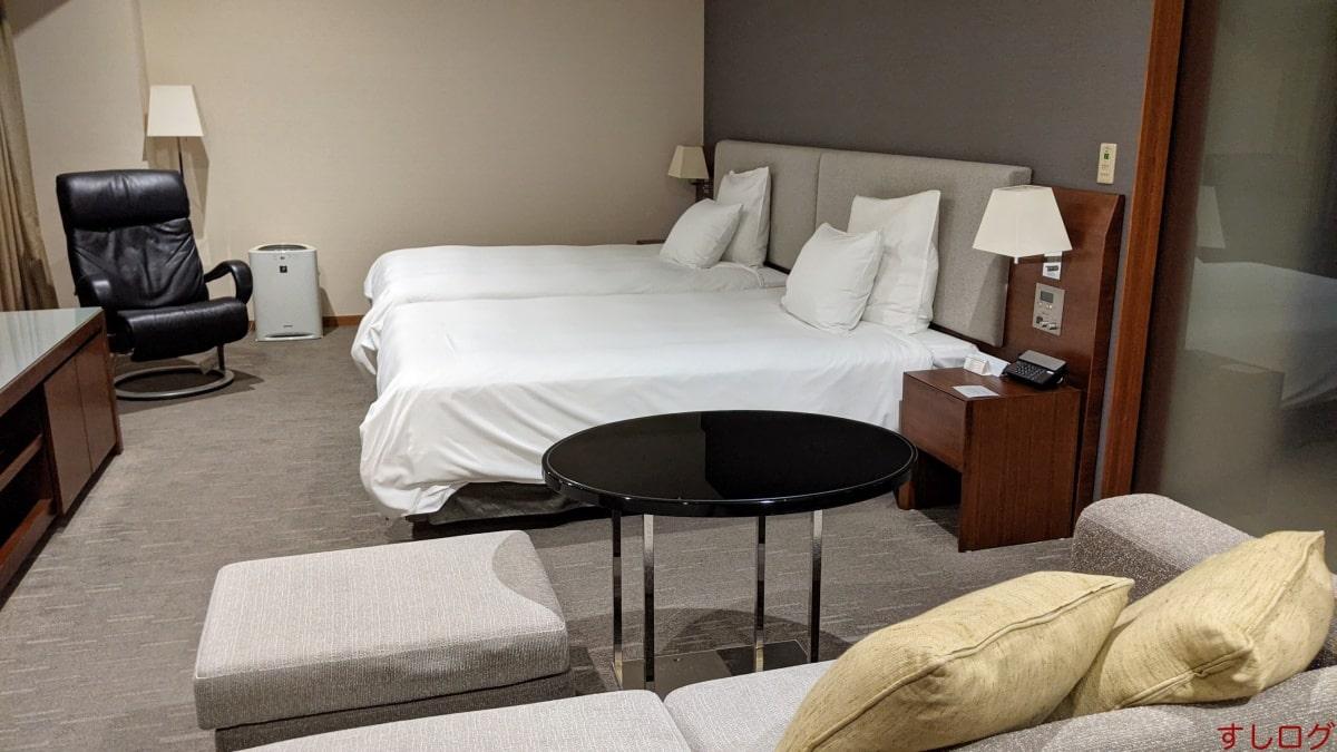 ANAクラウンプラザホテル室内