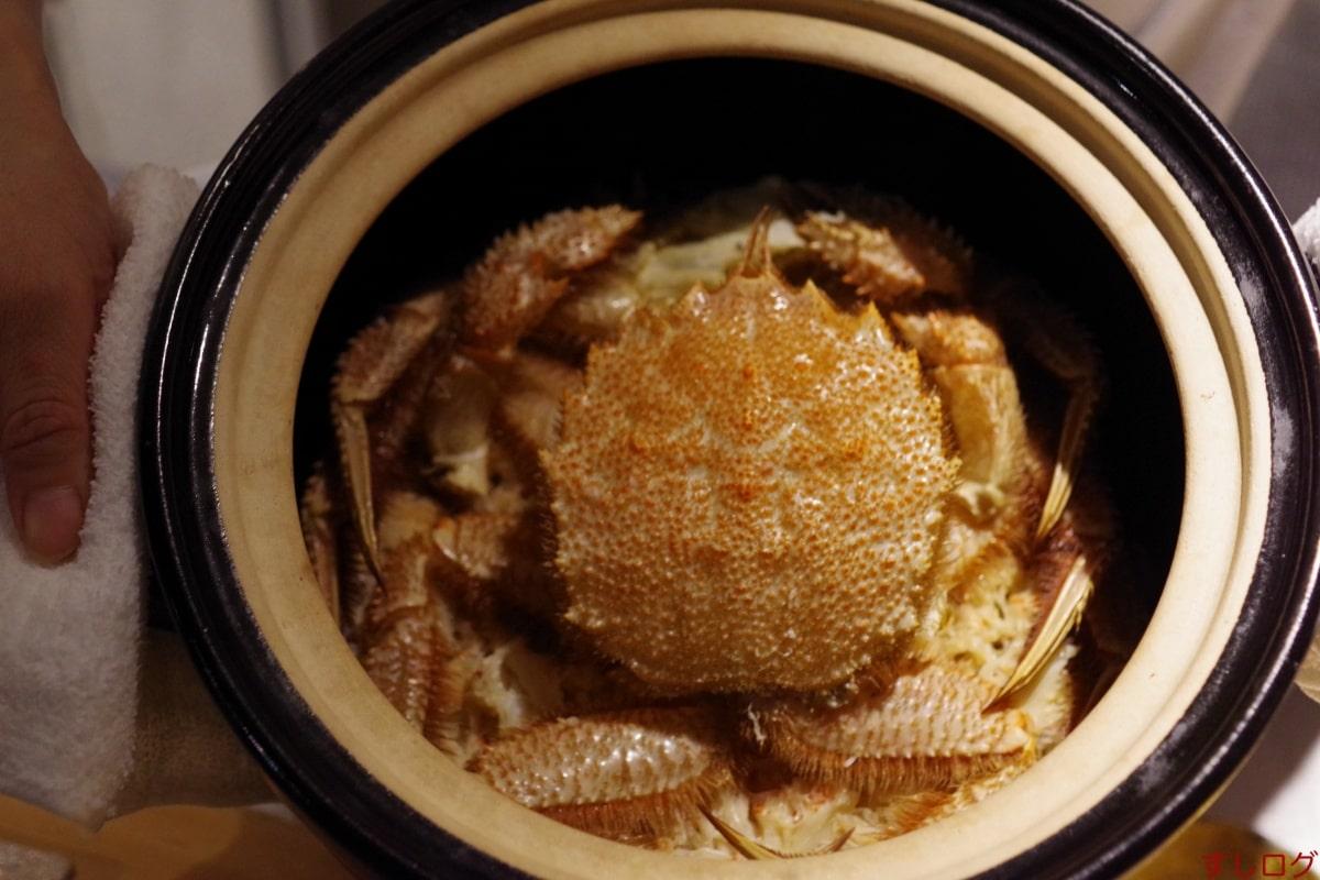 月や苫小牧毛蟹釜炊きご飯