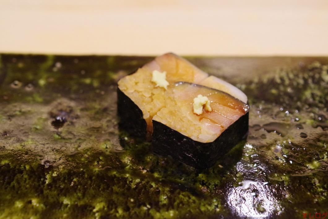 鯖の押し寿司02