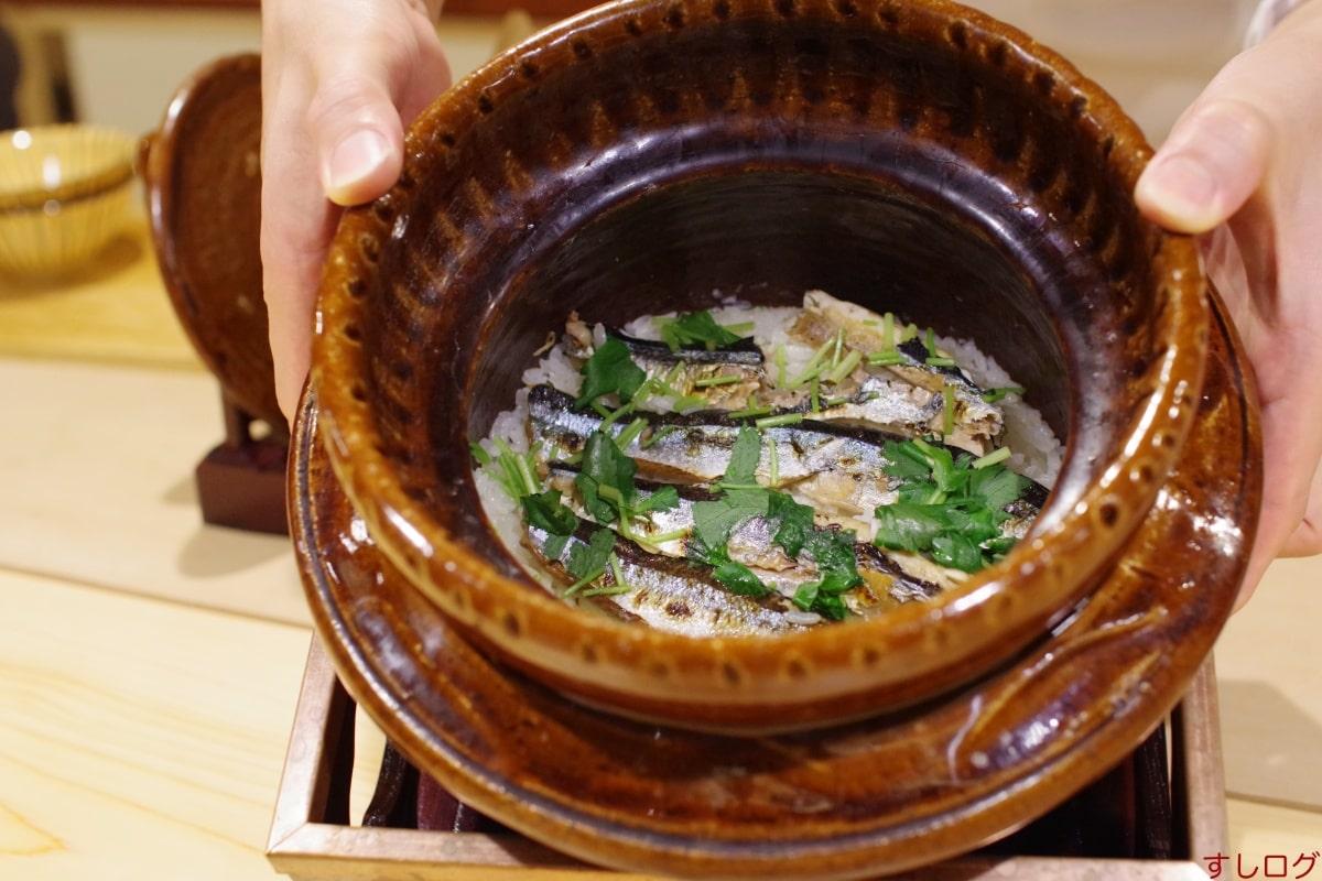 新秋刀魚の炊き込みご飯02