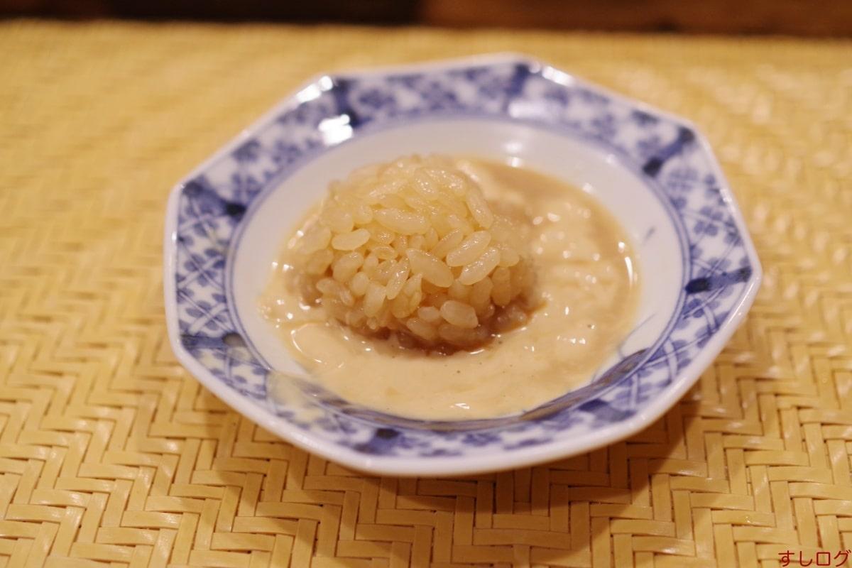 仙八肝醤油とシャリ