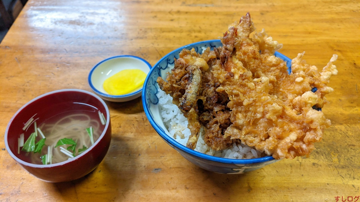 八ツ手屋の天丼(中)