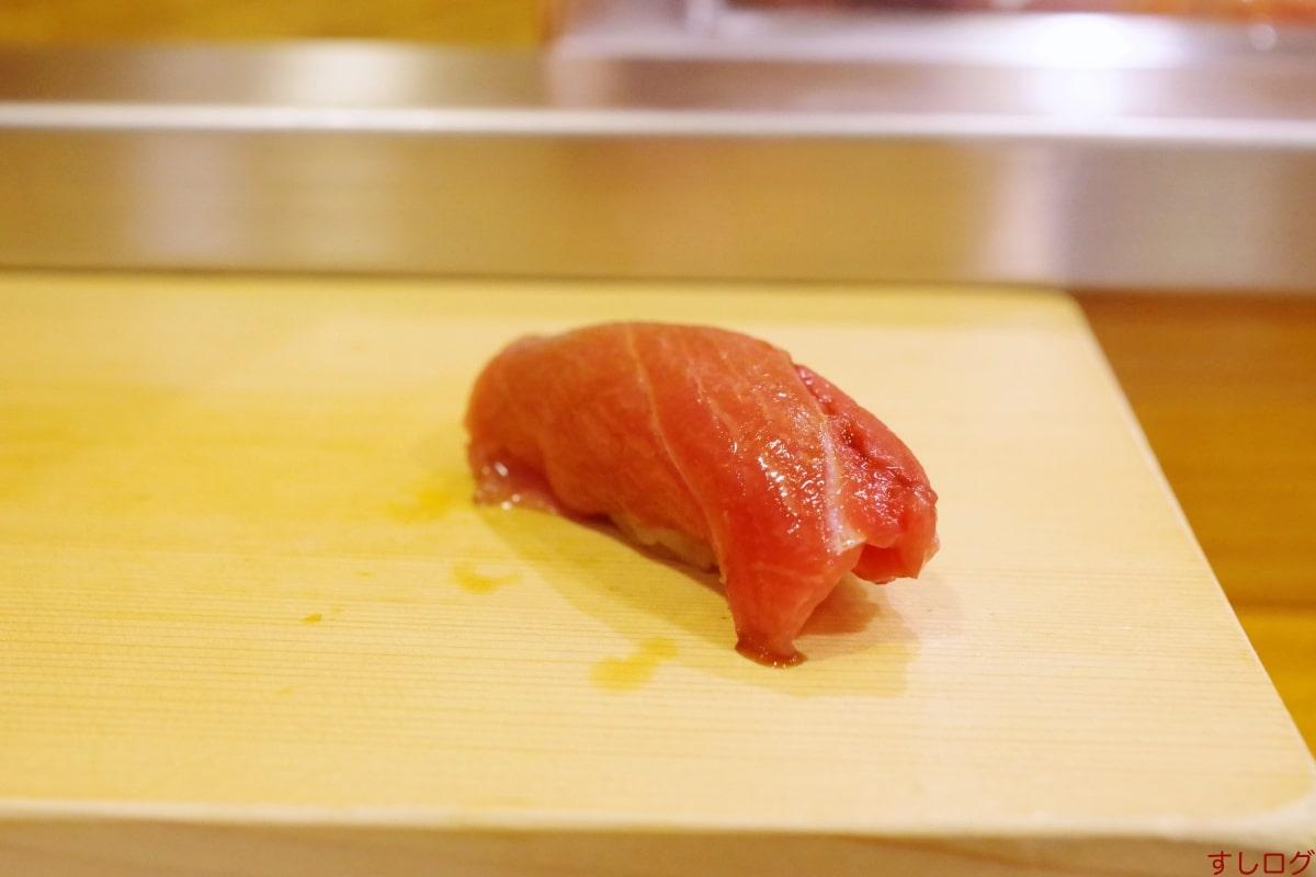 おけい鮨鮪中トロ