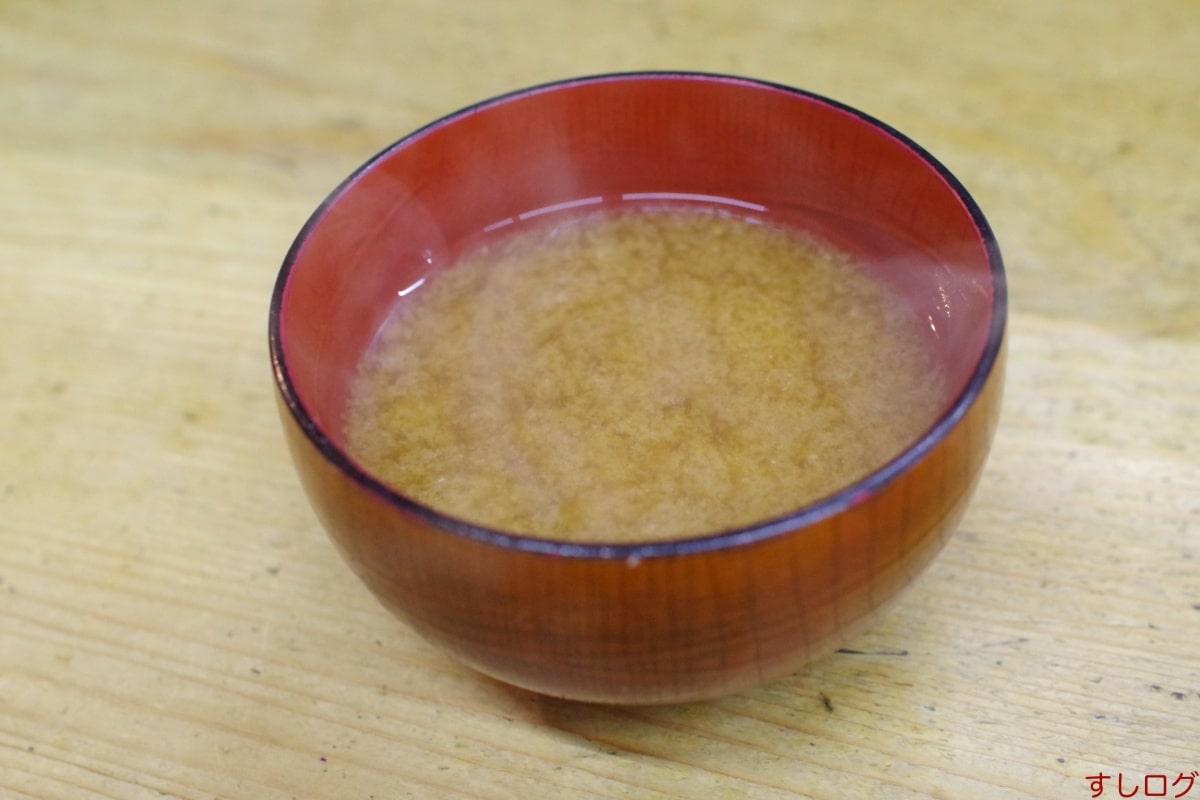 天ぷら中山味噌汁