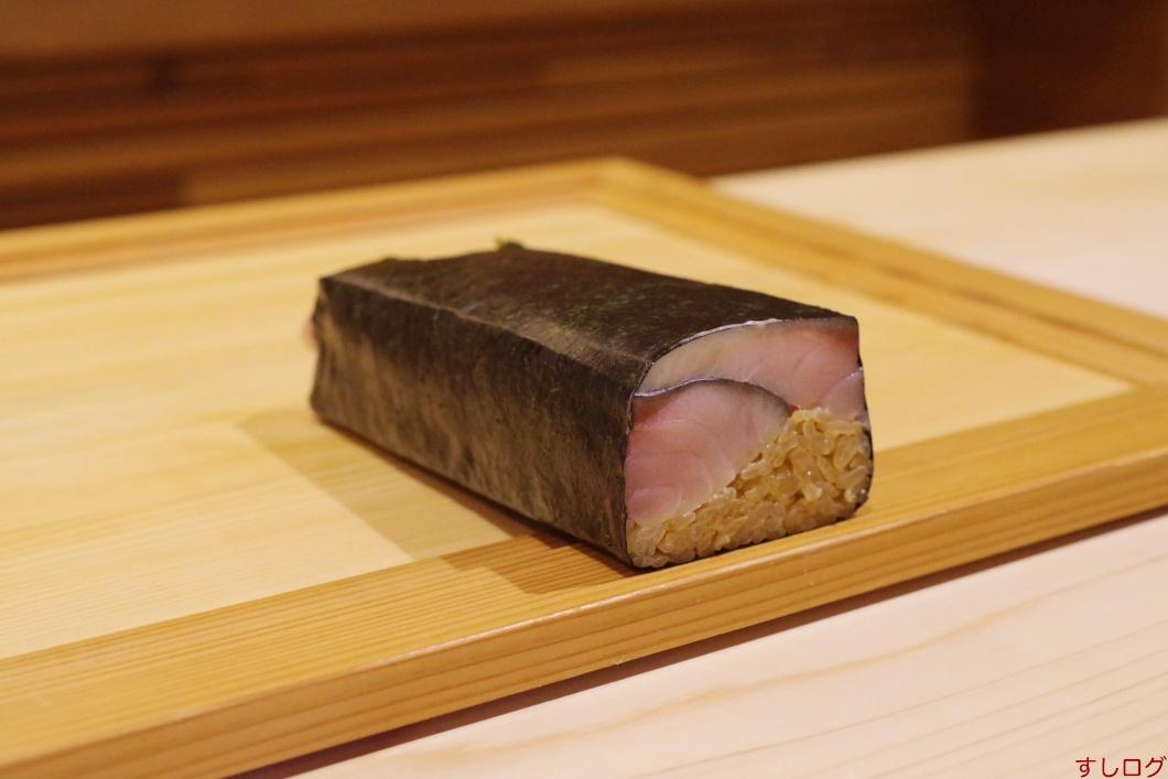 鯖の押し寿司01