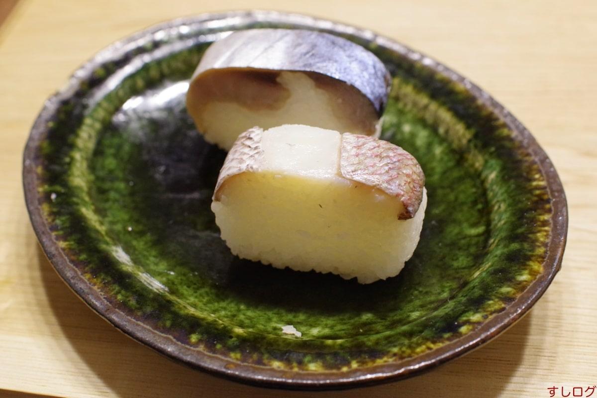 いづう小鯛の雀寿司